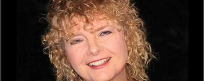 Singer Songwriter Sue Larsen