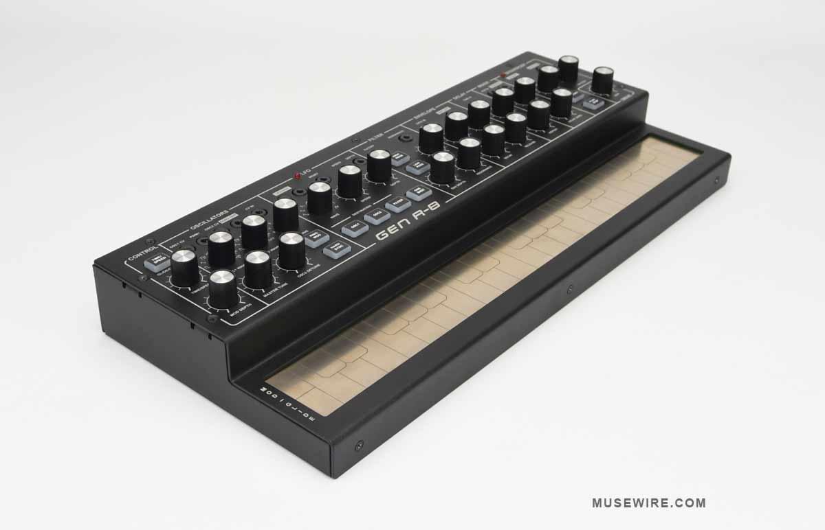 Dubreq Stylophone GEN R-8 - top